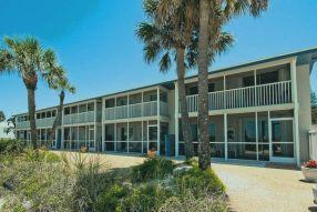 Island Beach Club 24